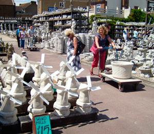 Whelans Concrete Garden Ornament Factory Outlet In Sheerness, Kent